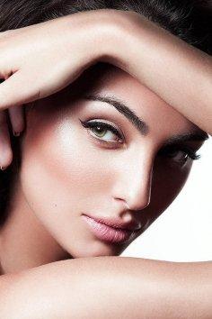 Фотография 1044  категории 'Beauty'